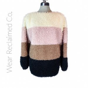 Color Blocked Soft Teddy Bear Pullover | Sweater